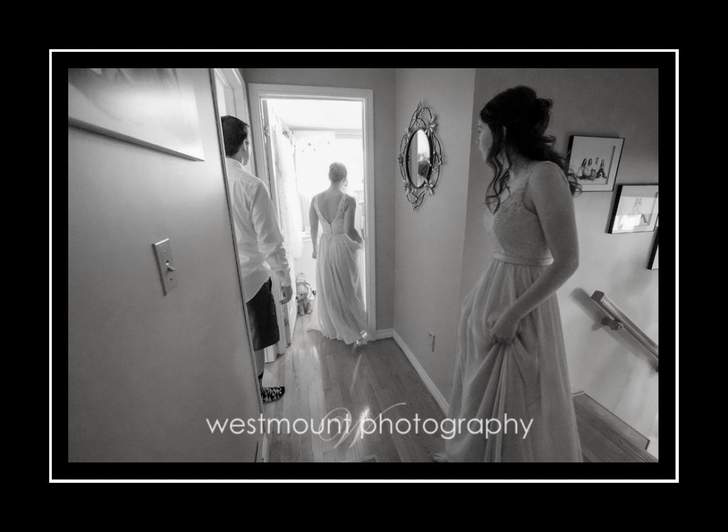 Black and white wedding photos make the best candid memories…