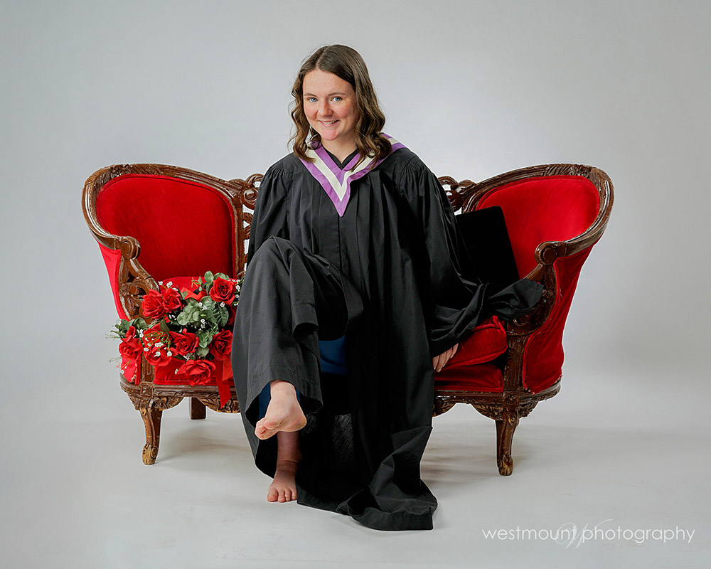 Naomi came in for her grade 12 grad portrait session…